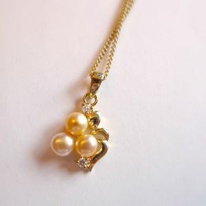 Jewelry - Amabelle2  cultured pearl pendant & chain
